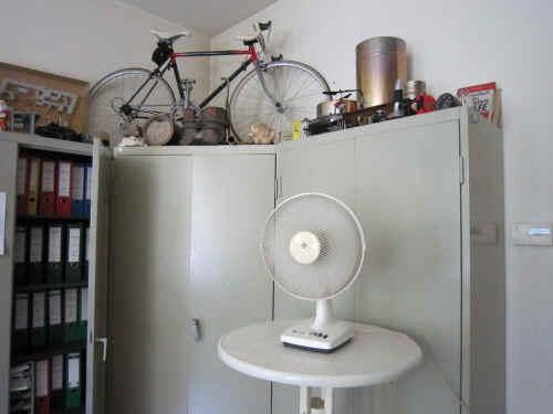 ventilator statt klimaanlage. Black Bedroom Furniture Sets. Home Design Ideas